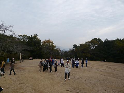 亀山公園広場51.jpg