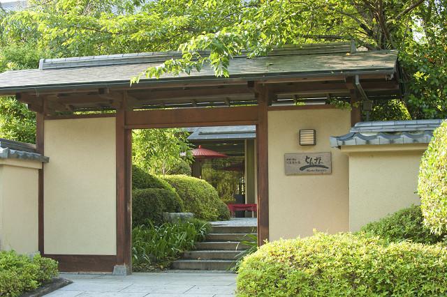 京雅側 玄関0699.jpg