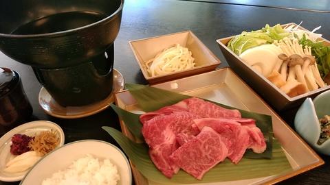 すき焼き鍋20.10.jpg
